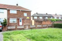 Terraced property in Rental Poulsom Drive...
