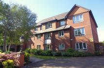 Flat to rent in Victoria Grange -...