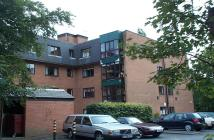 3 bed Flat in Ashburn House Victoria...