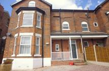 Flat to rent in Clyde Road West Didsbury...