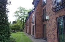 Flat in Holly Court Palatine...