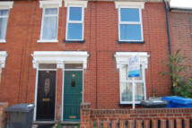 Flat to rent in Hervey Street, Top Flat...