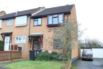 3 bed Terraced home to rent in Warbler Close, Upton...
