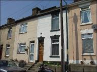 2 bed Terraced house to rent in Weston Road, Strood ME2