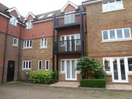 2 bed Flat to rent in Lampson Court, Copthorne