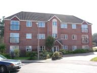 Flat in Dakin Close, Crawley