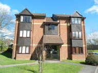Studio flat in Maypole Road, Taplow...
