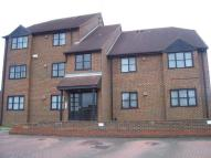 Flat in Raleigh Close, Cippenham...