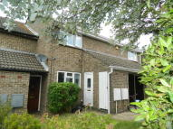 Ground Maisonette to rent in Fotheringay Gardens...