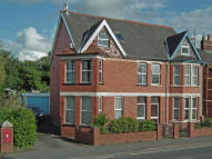 5 bedroom semi detached property in Berwyn, Wellington Road...