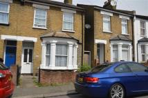 3 bedroom End of Terrace house to rent in Grosvenor Road, Brentford