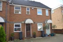 2 bed Terraced home in Manor Vale, Brentford...