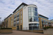 2 bedroom Apartment in Town Meadow, Brentford