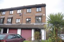 4 bedroom End of Terrace house for sale in Wyke Close, Isleworth...