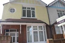 Apartment to rent in Windmill Road, Brentford