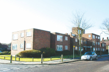 Lingfield Crescent Flat to rent