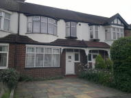 3 bed Terraced property in Oakway, London, SW20