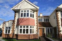3 bedroom semi detached house to rent in Chapmans Walk...