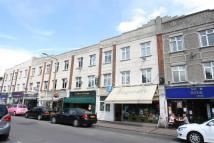 2 bedroom Flat to rent in Broadway West...