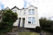 3 bedroom semi detached house to rent in Queens Road, Leigh-On-Sea