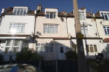 Terraced home to rent in Glendale Gardens...