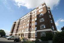 3 bedroom Flat to rent in Broadway West...