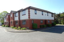 1 bed Ground Flat to rent in Wetton Place, Egham, TW20