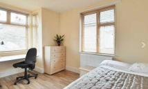 1 bed Studio flat to rent in Pooley Green Road, Egham...