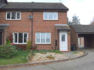 2 bedroom End of Terrace home to rent in Woodwards, Broadfield...