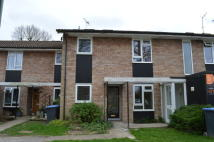 2 bed Maisonette in Bramble Close, Copthorne...