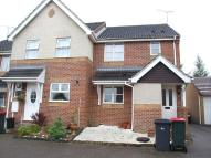 2 bed home to rent in Boleyn Close...