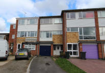 Town House to rent in Water Mill Way, DA4