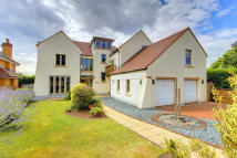 6 bedroom Detached property in Ty'r Gwanwyn...