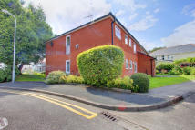 Flat to rent in Sandwick Court, Cyncoed...