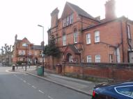 Maisonette for sale in Gladstone Avenue...