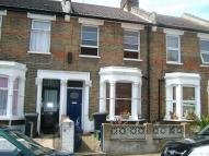 2 bed Terraced property to rent in Clinton Road...