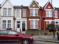 Ground Flat to rent in Coleraine Road, London