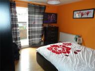 Apartment in Gresley Close, London