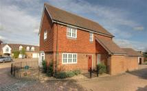 3 bedroom Link Detached House in Anisa Close, Kings Hill