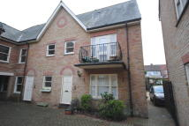 2 bed Ground Flat to rent in Godfreys Mews...