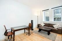 Bartholomew Close Flat to rent
