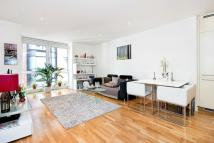 Hosier Lane Flat to rent