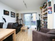 Flat to rent in Saunders Apartments, Bow...