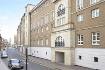 Flat to rent in Old Sun Wharf, Limehouse...