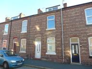2 bed Terraced house in Meredith Street...