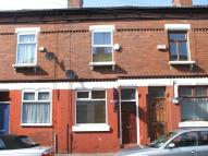 2 bedroom Terraced house in Thorn Grove, Fallowfield...