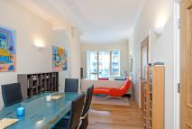 Apartment in Temple Avenue, EC4Y