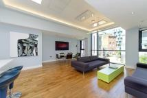 2 bed house in Brewery Square, EC1V
