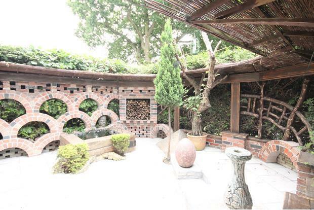 4 Beech front garden