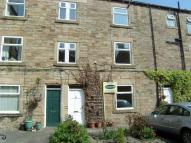3 bedroom Cottage in Grove Square, Gomersal...